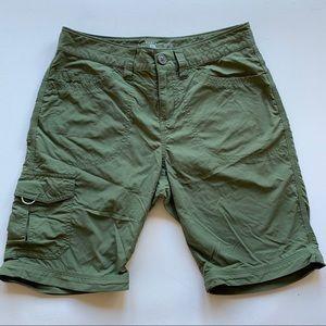 Mountain Hardwear olive green Bermuda short size 6